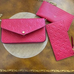 Pochette Felicie in scarlet empriente leather